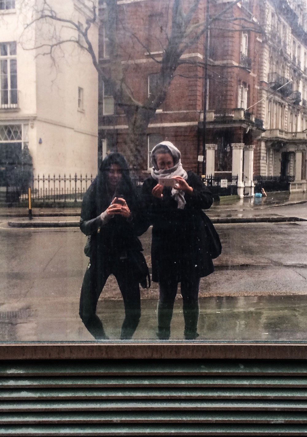 Coming to London, Baby?! 9 things I learned about the Old Smoke & a beautiful city even in the rain.