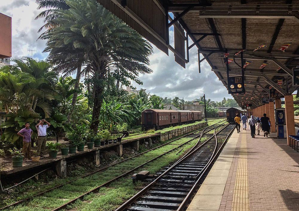 20-something Photos of Beautiful places in Sri Lanka.