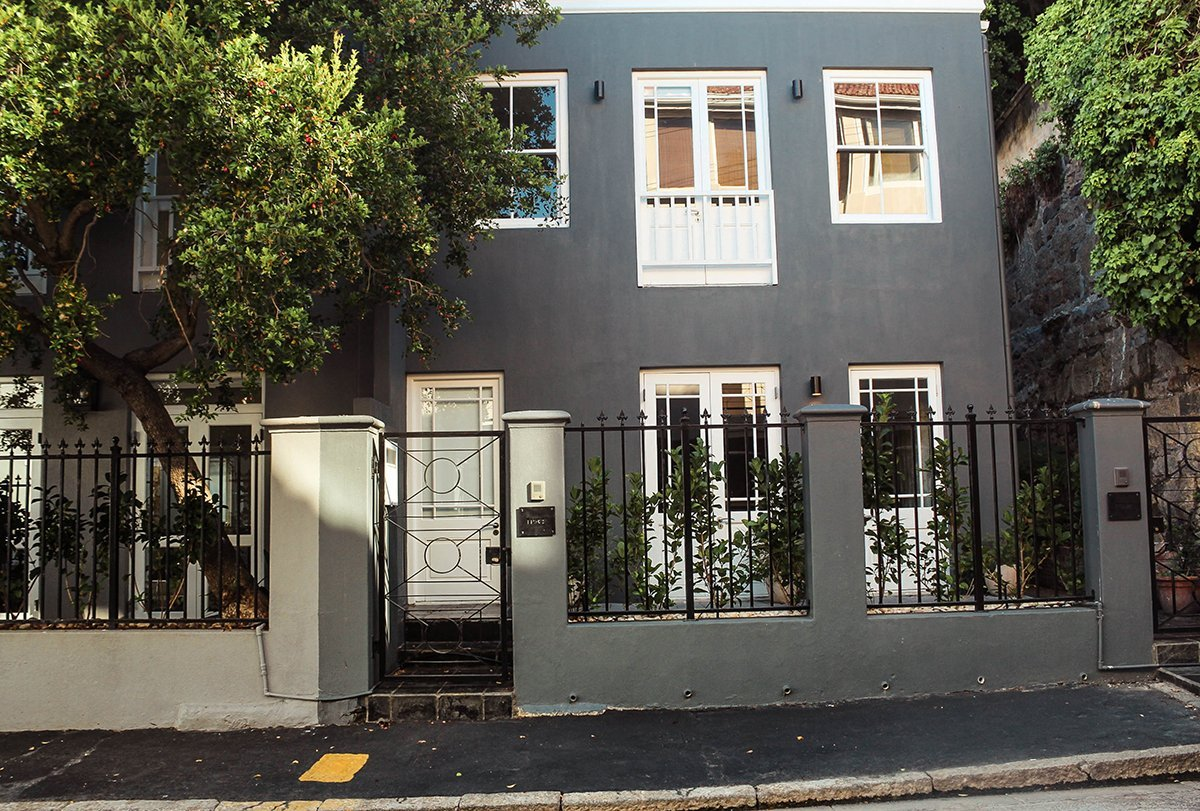 Heading to Cape Town and looking for a place to sleep? Look no further! My new favorite place as well as the best Kloof Street Restaurants.