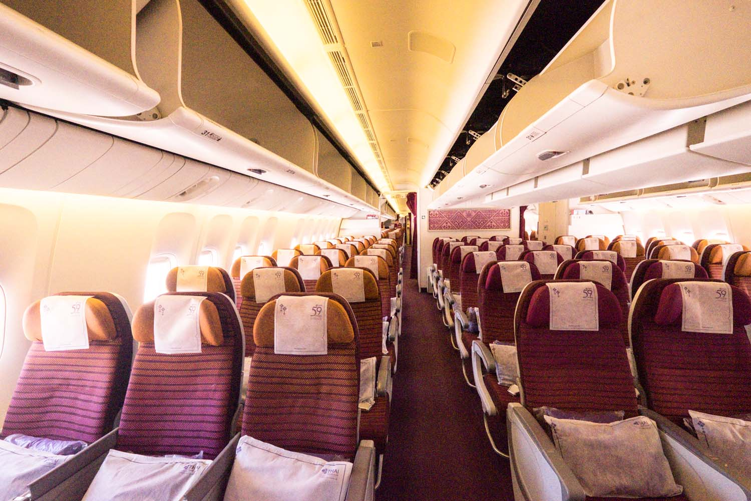 Heading to Thailand & want a reputable, comfortable airline to get you to Bangkok? Read my Thai Airways review - economy class all the way!